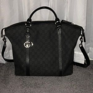 💯 Authentic Gucci Messenger Crossbody/Tote